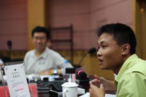 中国媒体时常需要应对来自官方以及其他势力的压力。 图片来源:中外对话