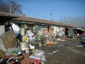 Lengshui village near Beijing is home to a community of waste pickers. Beijing's informal economy of waste management relies on close-knit networks of migrant workers. (Image by Zhang Jieying)