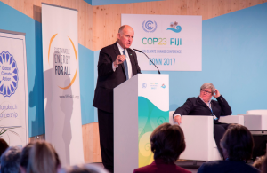 California is working with other state governments and environmental groups to provide an unofficial US presence in Bonn that's for strong climate action (Image: Gov. Brown Press Office)
