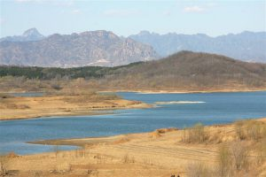 The Miyun Reservoir, eighty kilometres north-east of downtown Beijing, is a major source of water for the city. (Image: keso s)