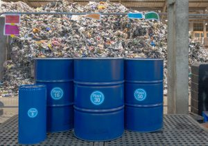 Recycling Technologies says its machines can turn hard-to-recycle plastic materials into an oil it calls Plaxx (Image: Recycling Technologies)