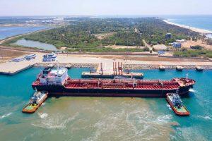 租约长达99年的汉班托塔港。图片来源:Alamy
