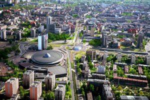 谈判代表们将在已经变化一新的卡托维兹市,就减排的实施细则以及取在2020年制定更有力的集体气候目标发出明确的政治信号。图片来源:Umkatowice