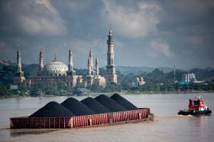 Coal in East Kalimantan on the island of Borneo (Image: ©Kemal Jufri / Greenpeace)