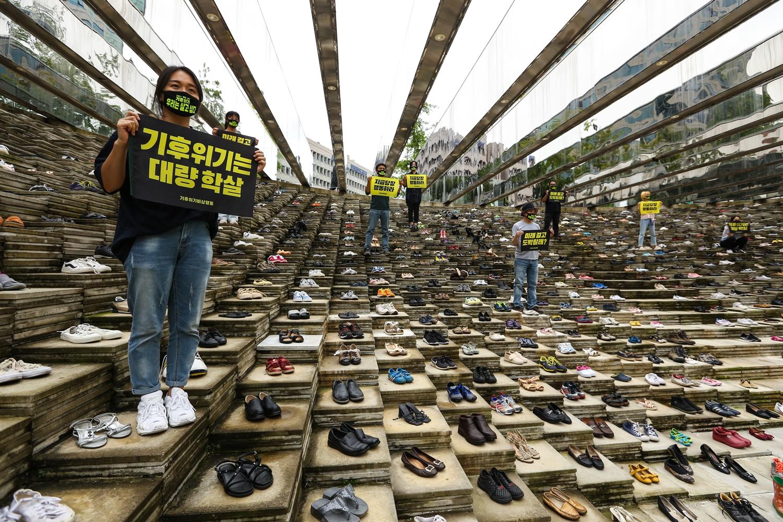 korea climate shoe protest