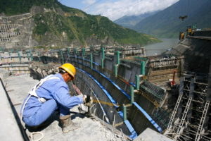At work on the Xiaowan hydropower dam on the upper Mekong (Lancang) in Yunnan province, September 2009 (Image: Alamy)