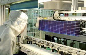 china solar panel manufacturing workshop